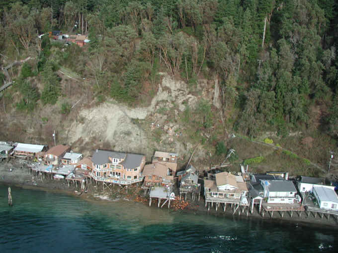 Salmon Beach landslide near Tacoma Narrows after the 2001 Nisqualy earthquake